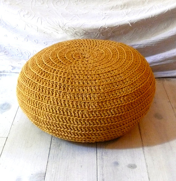 Crochet floor cushion