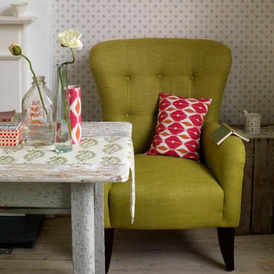 Living-Room-Patterned-furnishings